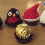 Christmas knitting patterns designed for a Ferrero Rocher chocolate. Knittin free ...
