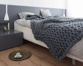 Chunky knit blanket ,Chunky yarn blanket, thick merino yarn blanket, Super chunky knit blanket, Knit Throw Blanket, Giant knit blanket