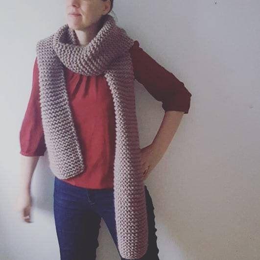 Chunky knit scarf; knit; scarf; scarves knit; chunky knit scarve; handmade scarf; luxury yarn…