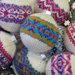Color Burst Ornaments pattern by Rae Blackledge