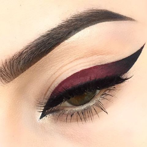 Colorful Liquid Liners That Will Completely Change Your Eye Look