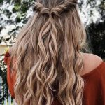 Cool #40 #Pretty #Prom #Hairstyle #Ideas #For #Curly #Long #Hair. #More #at #tilependant.com/...