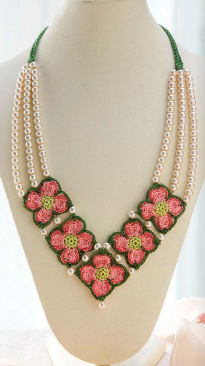 Crochet Dogwood Necklace