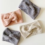 Crochet Velvet Twist Headband | Daisy Farm Crafts
