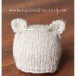 Delicate Knit Kitten Newborn Hat mit Bögen von ekplovelies auf Etsy