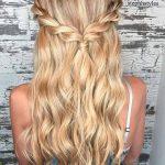 Einfache Styles für langes Haar