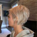 Encantador pelo corto apilado para mujeres - Peinados