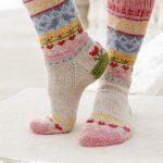 Enchanted Socks / DROPS 189-23 - Free knitting patterns by DROPS Design