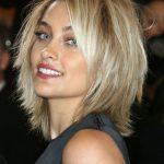 Feines Haar, das dich runterbringt? Ein Schnitt kann den Unterschied machen! Fi …