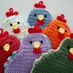 [Free Pattern] Adorable Little Chicken Potholder To Brighten Up Your Kitchen