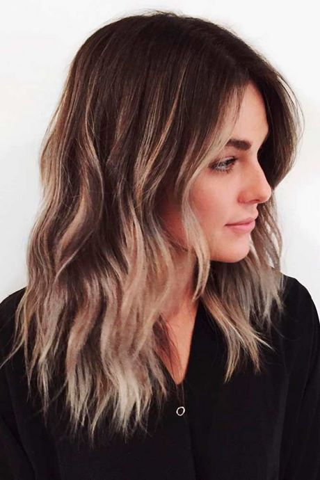 Haare schneiden für mittellanges Haar