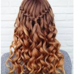 Heiße Frisuren für Frühling und Sommer - #abiball #Frisuren #Frühling #für ...