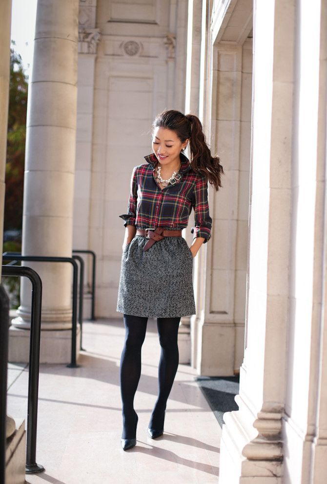 Holiday work outfit // Christmas plaid print mixing