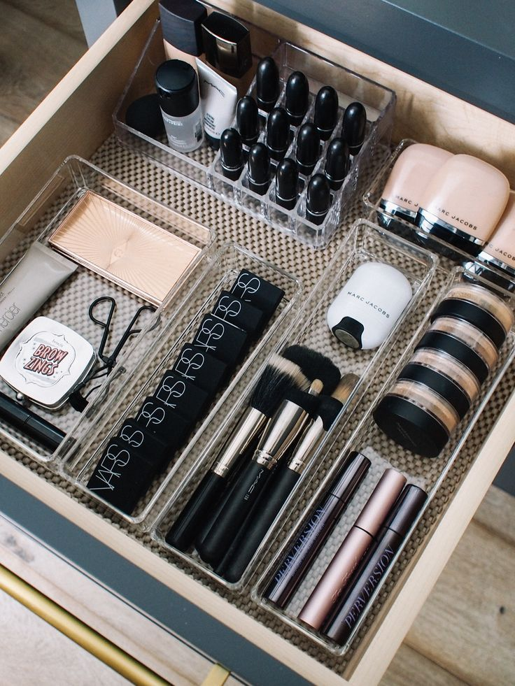 How I Organize My Makeup Drawers