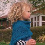 Jump Poncho für Kinder kostenlose Strickmuster die leicht und einfach zu beginn...