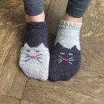 Knitted cats you will love these free patterns The WHOot - #cats #Free #Knitted ...