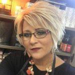 Kurze Frisuren für ältere Frauen 2018-2019