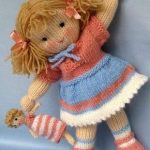 Little Daisy doll - 6in (15cm) - knitting pattern - INSTANT DOWNLOAD #dollies kn...