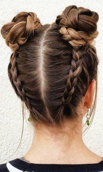 Nettes Mädchen der Frisör – Frisuren – Frisur – Haar Modelle