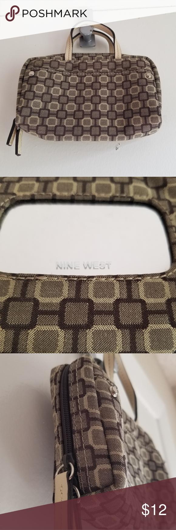 Nine West Kleine Make-up Tasche mit Spiegel, Reißverschluss bis Niedliche klein…