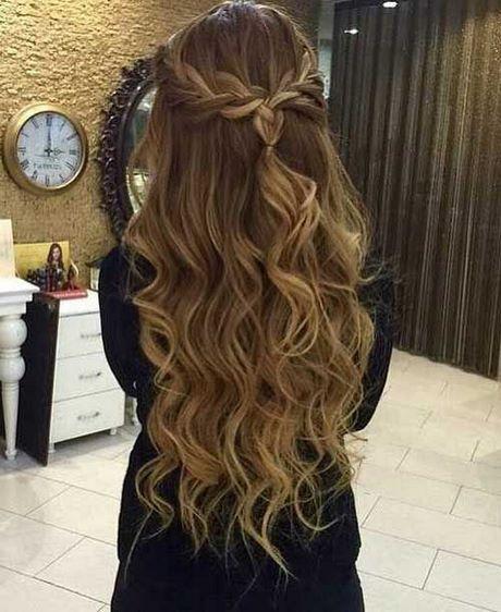 Prom Frisuren für lange Haare mit Zöpfen