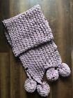 Schal mit Bommeln lila grob gestrickt #DamenAccessoires