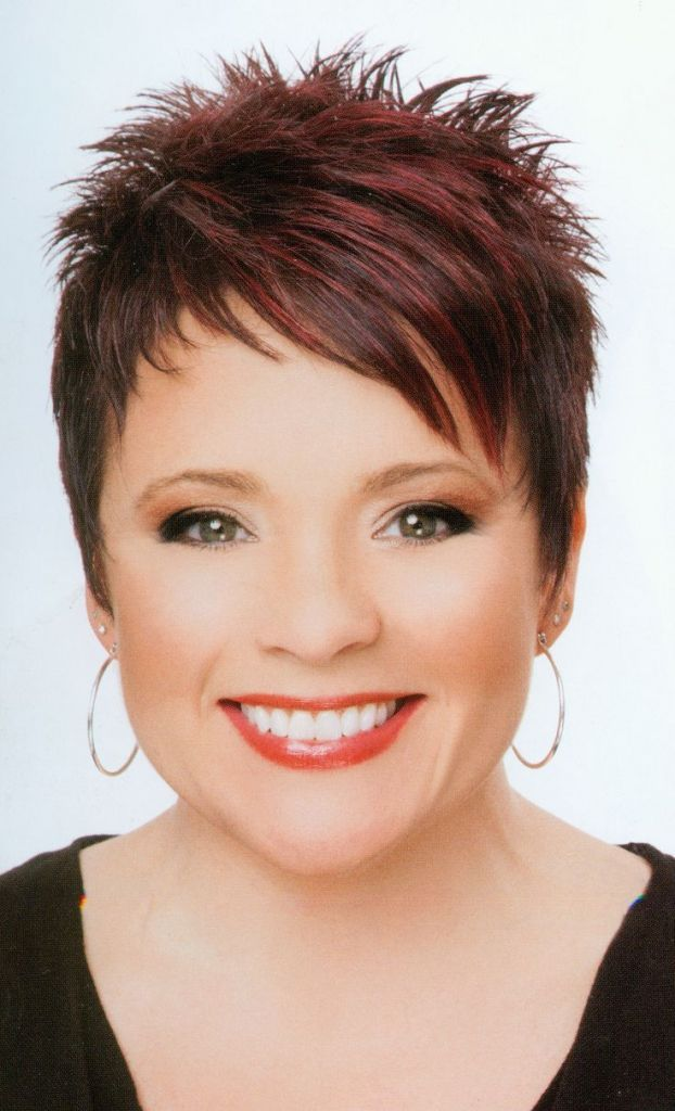 Short haircuts Thin hair is often flat, flabby and not in the hair