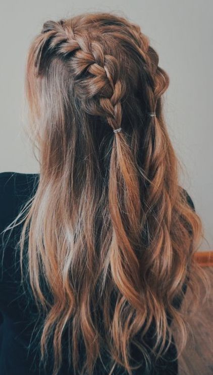 So zähmen Sie Ihre Haarsituation nach dem Training (ohne zu duschen