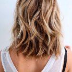 Stilvolle Schulter Länge Frisuren für Dickes Haar