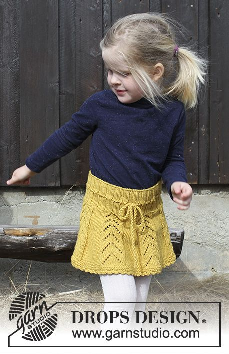 Sunny Hug / DROPS Children 30-20 – Children's skirt with lace pattern and croc…