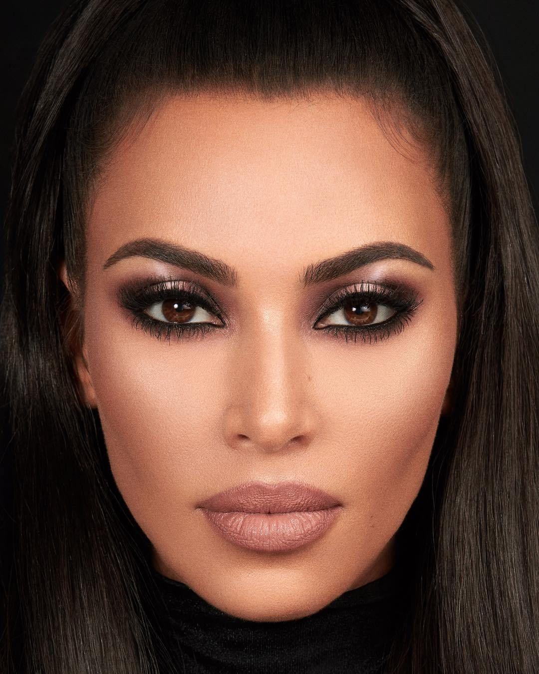 Tem make inédito chegando na KKW Beauty, marca da Kim Kardashian!