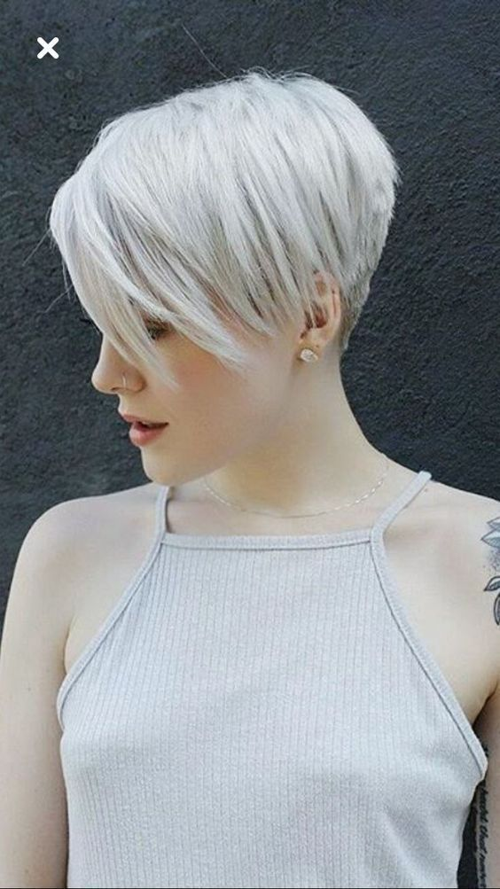 Top 22 Celebrities Short Hairstyles for Older Woman – Stylendesigns