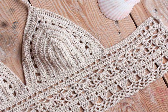 Top de ganchillo, Crochet Crop Top, Crossback crochet Bikini top, Boho Beachwear, Top de verano, Top Beige Halter, Crochet traje de baño