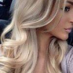 Über 65 trendige Frisuren weben lockig, #curlyhairstylesweave #Hairstyles #Cloaky #trendige #...