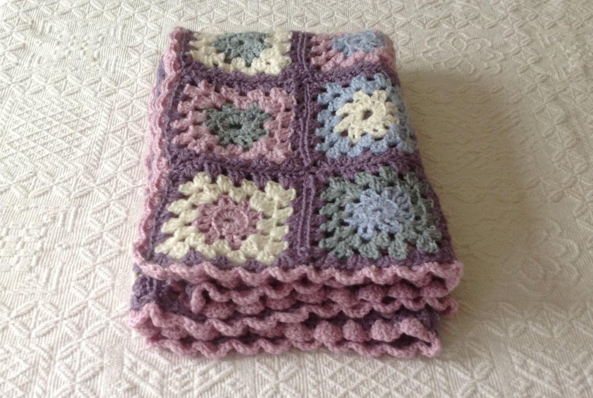 VERY EASY granny square blanket tutorial for beginners