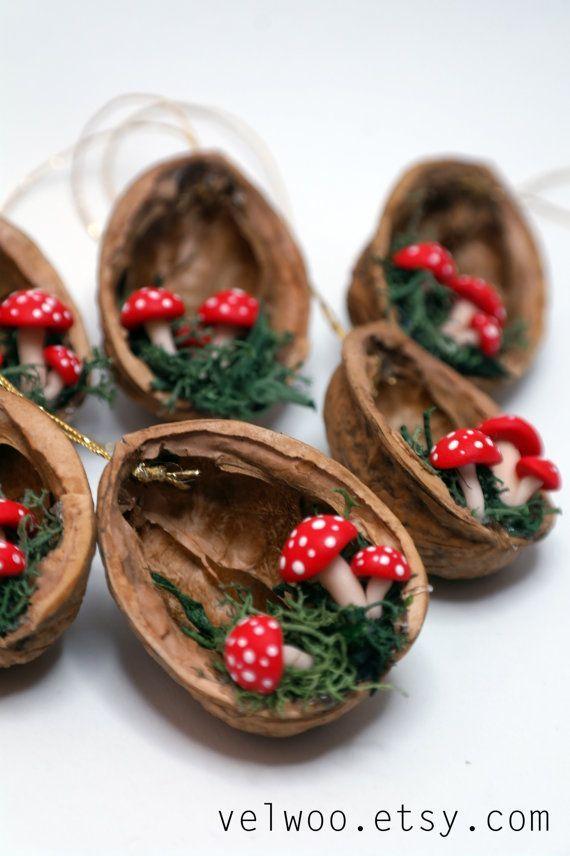 Weihnachtsdekorationen – Walnussschalenverzierung – handgemachte Verzierung – Feiertagsdekorpilz