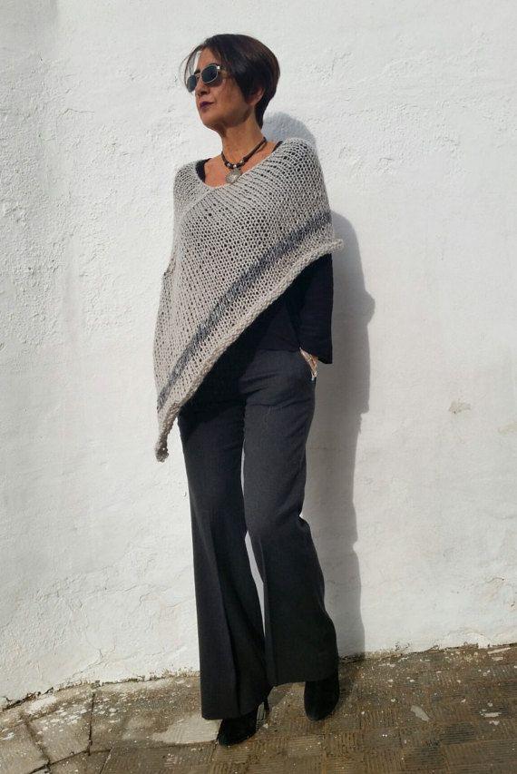 Silver knit poncho, alpaca poncho sweater, women ponchos, trendy knitwear, wool poncho, alpaca poncho, wool grey wrap, silver winter trends
