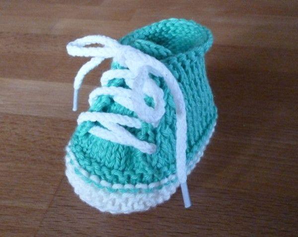 kostenlose Strickanleitung für moderne Babyschuhe  +++ free pattern for cool ba…