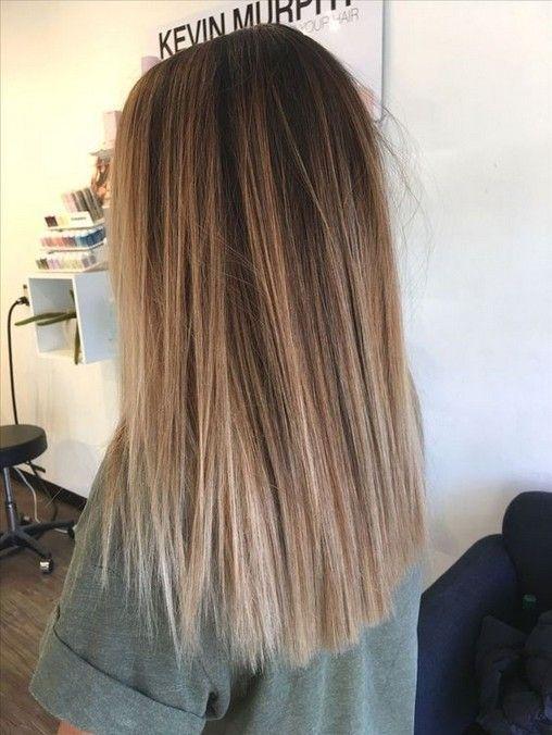 kurze, lange gerade Frisuren, gerade mittellange Frisuren, Schult …