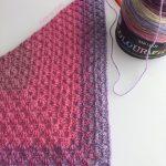 traffic jam (crochet simple granny triangle shawl)